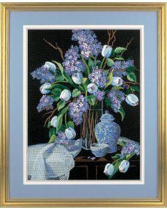 Borduurpakket voorbedrukt lilacs and lace Dimensions 1529