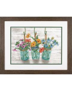Borduurpakket bloemen in potjes  borduren van Dimensions  70-35378