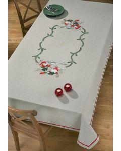Voorbedrukt tafelkleed kerst elfen van Permin 58-5685r  excl  garen afm 150x240cm