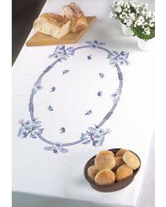 Voorbedrukt tafelkleed blauw bloemen van Permin 58-6654R