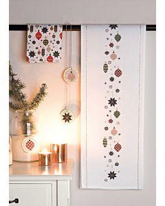 Borduurpakket  loper kerst decoratie met telpatroon van Rico 80078.52.18