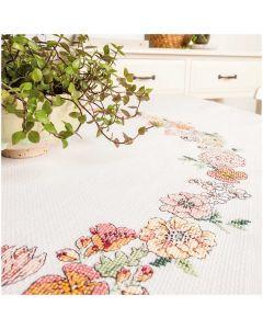Borduurpakket tafelkleed met telpatroon  bloemenkrans Rico design  80282.52.21