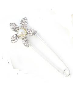 Kilt veiligheidsspeld bloem van strass diamantjes met parel zilver, 8cm groot
