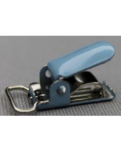 Bretelclips in het blauw zijn toepasbaar bij o.a. lakenspanners, speenkoorden, slabbers, naambadges en natuurlijk de welbekende bretels.