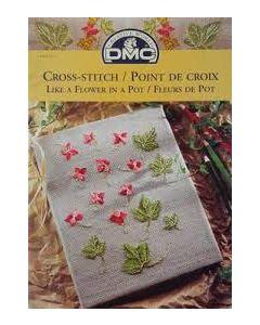 Borduurboekje met borduurpatronen bloemen in een pot  van DMC