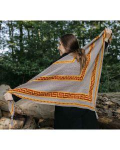 Durable CAL Autumn Mosaic Shawl in de kleurTortora