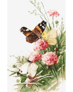 Borduurpakket vlinders in bloemenveld Letistitch 938