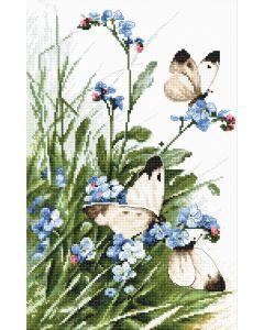 Borduurpakket vlinders en blauwe bloemen Letistitch 939