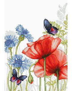 Luca-s borduurpakket klaprozen met vlinder om te borduren bu4018