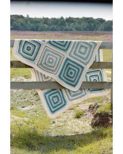 Gehaakte deken van Stone Washed XL van Scheepjeswol
