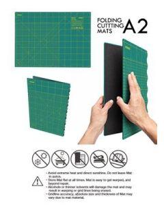 Quilt snijmat 43x60 centimeters A2 van Olfa die inklapbaar is en daardoor gemakkelijk mee te nemen