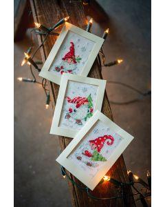 Vervaco wenskaarten met omslag kerstkabouters in de sneeuw set van 3 borduren pn-0189708