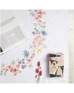 Borduurpakket voorbedrukt kleedje bloemencirkel in platsteek van Rico 67471.54.21