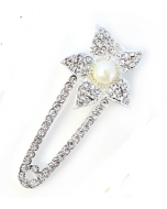 Kilt speld bloem met diamantjes en parel