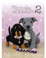 Boek Mijn hondjes van sokkenwol deel 2 van MyKrissieDolls