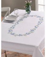 Borduurpakket voorbedrukt tafelkleed blauwe bloemen van Permin 150x220cm