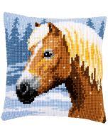 Kruissteek borduurpakket borduurkussen paard in de sneeuw van Vervaco pn-0157077