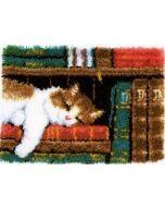 Slapende kat in boekenrek vervaco pn-0149896