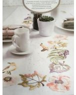 Voorbedrukt  tafelkleed vogels en bloemen in platsteek van Rico om te borduren 90x90cm