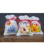 Vervaco borduurpakket 3 kruidenzakjes kleurige bloemen borduren pn-0185083